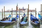 Patricia Hofmeester - Gondolas in Venice with San Giorgio di Maggiore church