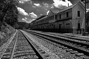 Visitor Prints - Historic Thurmond Depot Print by Thomas R Fletcher