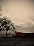 Garren Zanker - Horse Barn in Red 