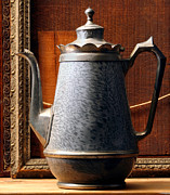 Anthony Amor - Iron Pot Still Life.