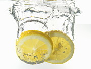 Healthy Eating Art - Lemon slices underwater by Sami Sarkis