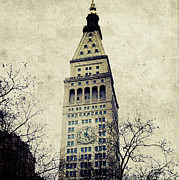 Nyc Digital Art Metal Prints - Met Life Tower Metal Print by Natasha Marco