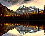 Mark Duffy - Mount Robson in autumn