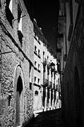 Roman Streets Prints - Narrow Streets In The Old Roman Town Of Tarragona Catalonia Spain Print by Joe Fox