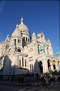 Crowded Prints - Outside the Basilica of the Sacred Heart of Paris - Sacre Coeur - Paris France - 01134 Print by DC Photographer