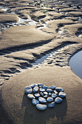 Heart Shape Prints - Pebble Beach Heart Print by Tim Gainey