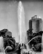 Indiana Autumn Prints - Philadelphias Swann Memorial Fountain Print by Carol M Highsmith