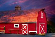 Gunter Nezhoda - Red Barn