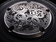 Old Reliefs - Ride or Die hand engraved relief made on a Harley-Davidson derby cover by Paul Holbrecht