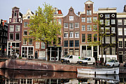 Linked Prints - Singel Canal Houses in Amsterdam Print by Artur Bogacki