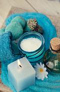 Mythja  Photography - spa setting with bath salt