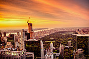Vivienne Gucwa Framed Prints - Sunset Over Central Park and the New York City Skyline Framed Print by Vivienne Gucwa