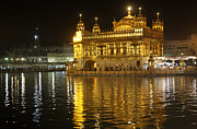 Nectar Posters - The Golden Temple of Amritsar at night Poster by Robert Preston