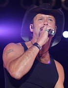 Tim Mcgraw Photos - Tim McGraw by Diane Kurtz