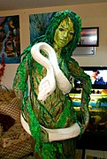 Featured Sculptures - Tree Woman by Gulalek Esenowa