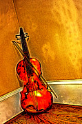 Violin Digital Art - Violin in the corner by Geoffrey Wallace