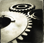 Industrial Concept Framed Prints - Cogs Framed Print by Les Cunliffe