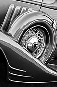 1933 Pontiac Framed Prints - 1933 Pontiac Spare Tire Framed Print by Jill Reger