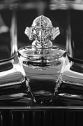 Hoodies Photo Framed Prints - 1933 Stutz DV-32 Hood Ornament 4 Framed Print by Jill Reger