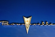 Collector Hood Ornament Metal Prints - 1959 Pontiac Bonneville Emblem Metal Print by Jill Reger