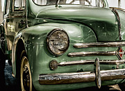 Photo Captures by Jeffery - 1960 Renault 4CV Profile