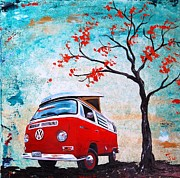 Camper Paintings - 1970 Red Volkswagen Camper Bus by Sheri Wiseman