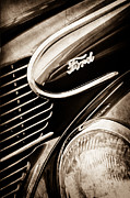 Wagon Framed Prints - 1939 Ford Woody Wagon Side Emblem Framed Print by Jill Reger