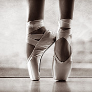 Dance Shoes Posters - Ballet En Pointe Poster by Laura  Fasulo