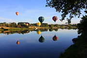 Pacific Northwest Rivers Prints - Balloons Heading East Print by Carol Groenen