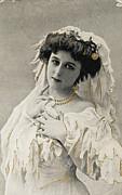 Patricia Hofmeester - Beautiful woman around 1910