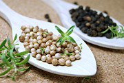 Peppercorns Photos - Black and white peppercorns by Blanchi Costela