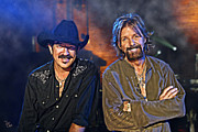 Franklin Tennessee Posters - BROOKS and DUNN Poster by Don Olea