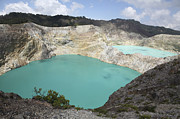 Tiwu Ata Polo Prints - Colourful Crater Lakes Of Kelimutu Print by Richard Roscoe