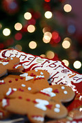 Christmas Lights Prints - Gingerbread Cookies on Platter Print by Amy Cicconi