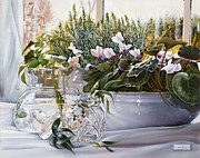 Interior Still Life Paintings - La Brocca Di Vetro by Danka Weitzen