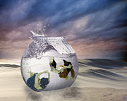 2 Lost Souls Living In A Fishbowl Print by Linda Lees