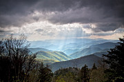Crepuscular Rays Prints - New Beginning Print by Rob Travis