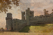 Warwick Framed Prints - Warwick Castle Framed Print by Linsey Williams