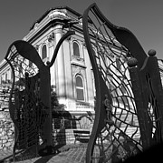 Gregory Dyer - Crow Gate - Budapest Hungary