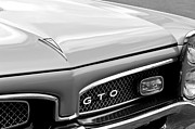 Vintage Pontiac Metal Prints - 1967 Pontiac GTO Grille Emblem Metal Print by Jill Reger