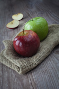 Food And Beverage Prints - Apple Print by Sabino Parente