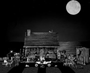 Leslie Crotty - B/w Log Cabin And...