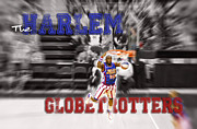 Globetrotters Prints - 3 Dimensional Dunk Print by Robert Saunders Jr