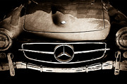 Mercedes Photos - Mercedes-Benz 190SL Grille Emblem by Jill Reger