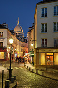 Night Lamp Framed Prints - Montmartre Twilight Framed Print by Brian Jannsen