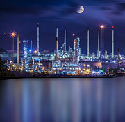 Gas Tower Prints - Refinery industrial plant  Print by Anek Suwannaphoom