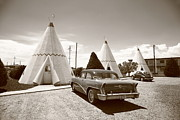 Vw Beetle Framed Prints - Route 66 Wigwam Motel Framed Print by Frank Romeo