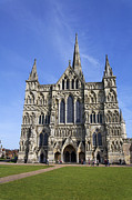 Salisbury Photos - Salisbury Cathedral Wiltshire by Robert Preston