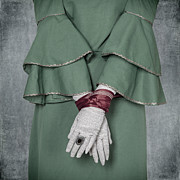 Glove Prints - Tied Print by Joana Kruse