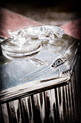 1948 Photos - 1948 Jaguar Mark Iv Drophead Coupe Hood Ornament by Jill Reger